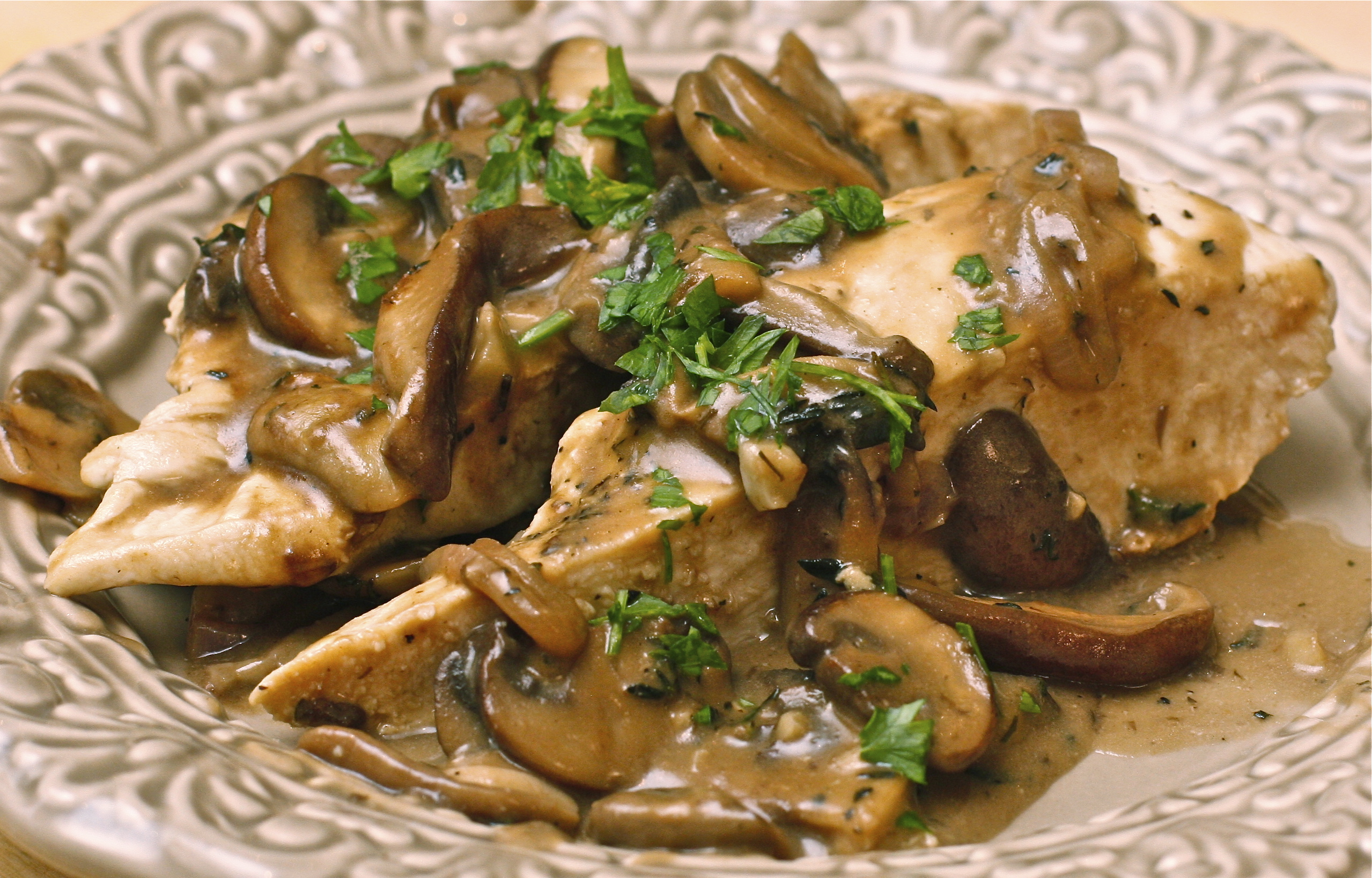Chicken With Mushroom Cream Sauce Recipes — Dishmaps