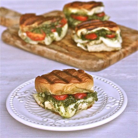 delicious! Melty mozzarella with tender chicken breast and tangy pesto ...