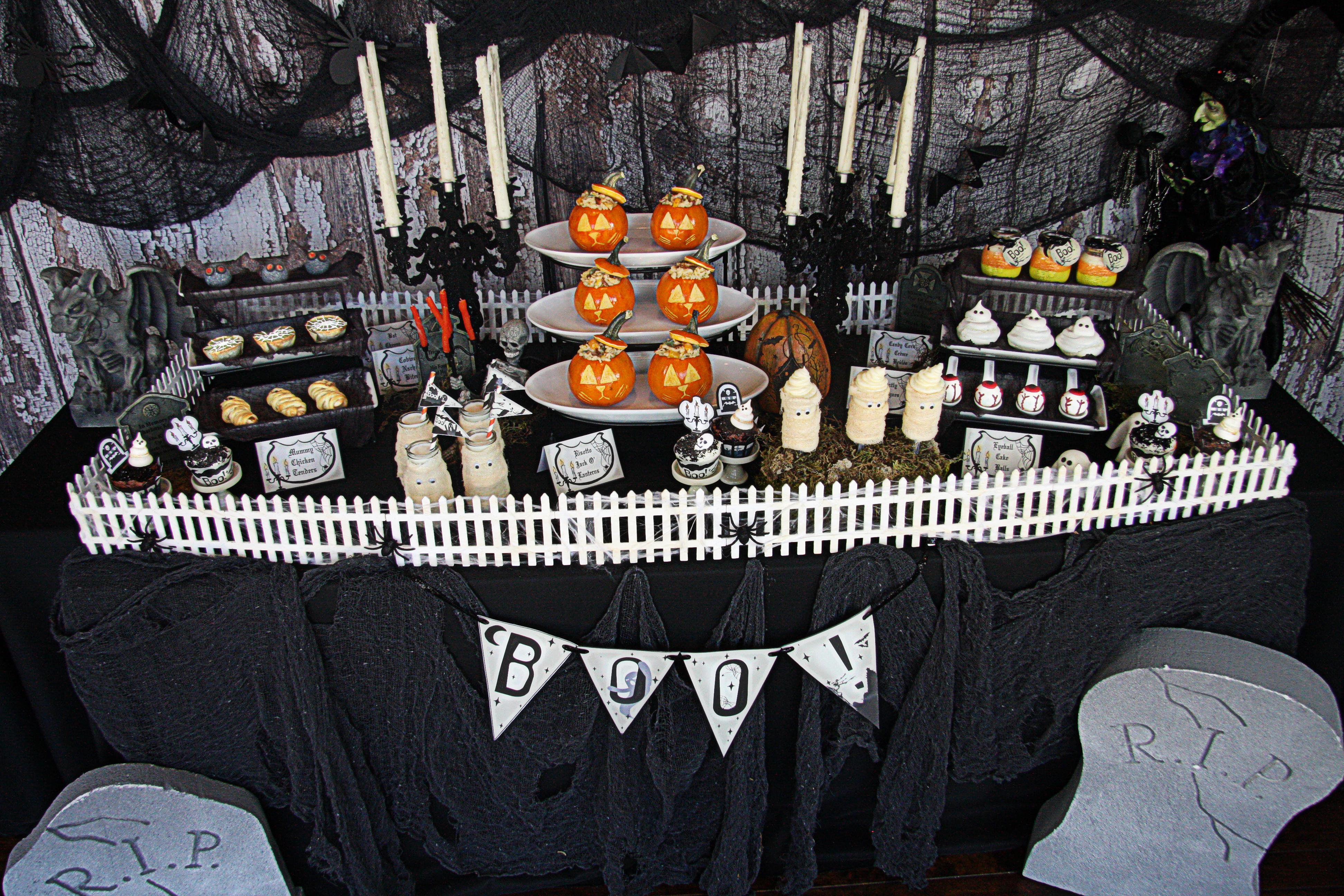 Garlic and herb cheese ball halloween bats the hopeless housewife the hopeless housewife - Childrens halloween decorations ...
