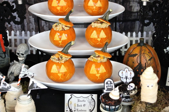 Risotto Jack O'Lanterns Plus Free Printables The Hopeless Housewife Halloween Party Table