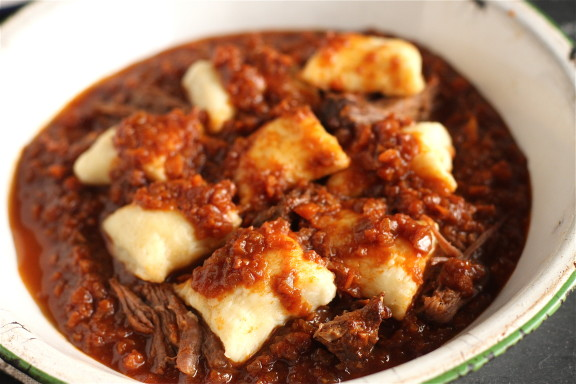 Short-Rib-and-Ricotta-Gnocchi-2-576x384.jpg