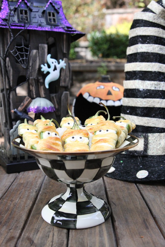 Halloweeño Jalapeño Popper Mummies 4 | The Hopeless Houswife