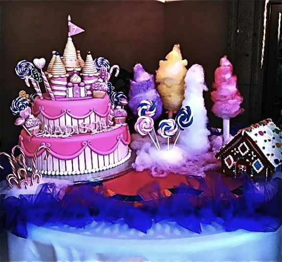 candy land-cake-table2-576x535