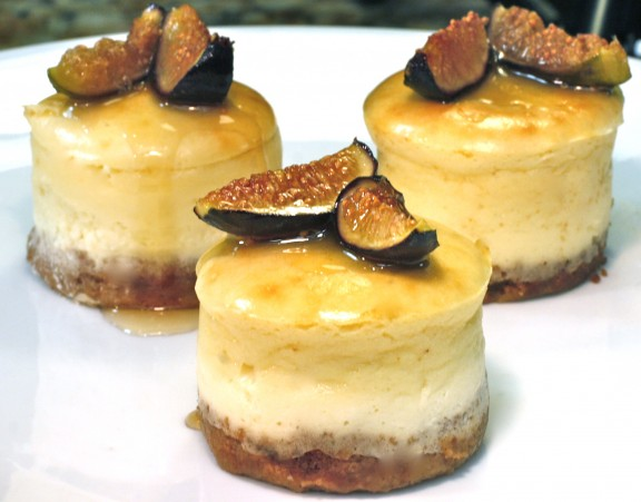 Mascarpone Mini Cheesecakes With Roasted Figs And Honey The