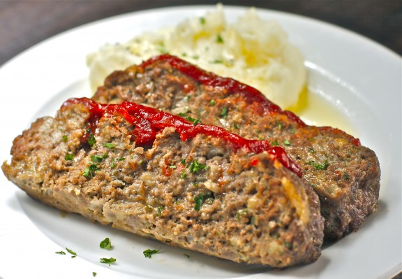 Tender Meatloaf with Spicy Ketchup