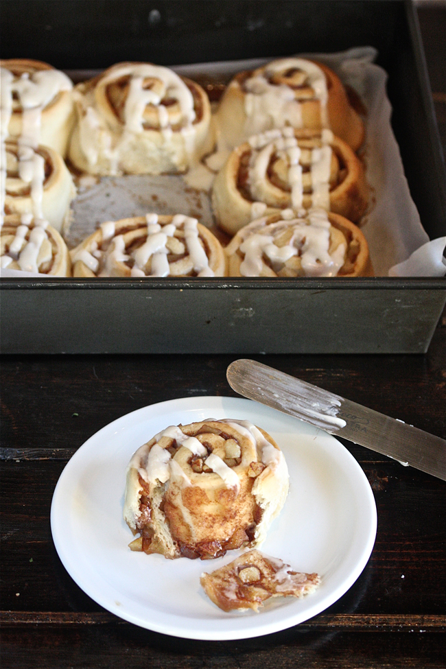 Apple Pie Cinnamon Rolls | The Hopeless Housewife