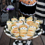 Halloweeño Jalapeño Popper Mummies